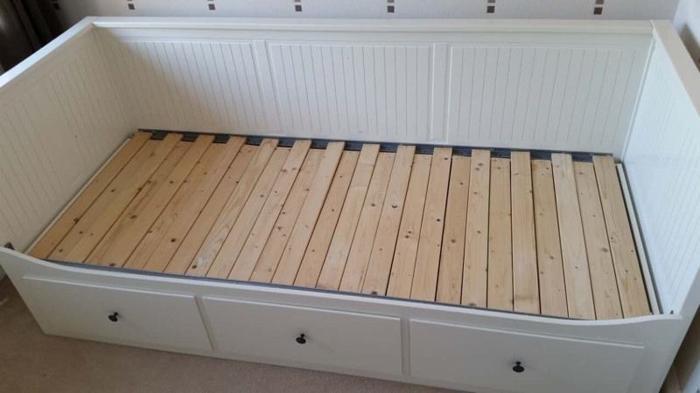 IKEA HEMNES single bed