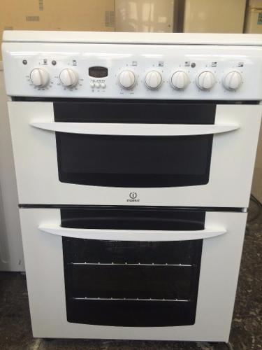 Indesit Ceramic hob double oven