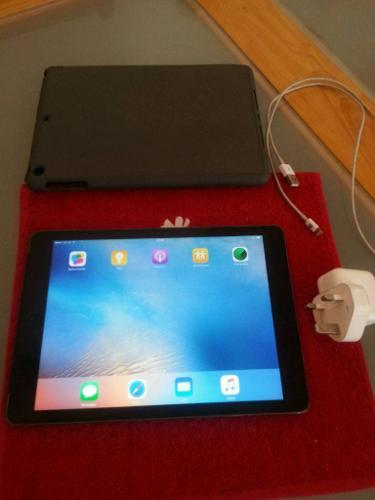 Ipad air space grey 9.7 inch cellular&wifi unlocked