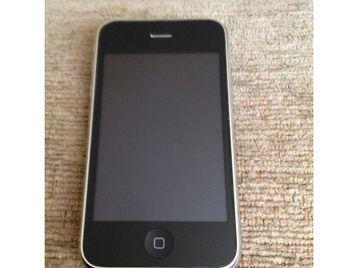 Iphone 3GS - 16GB- UNLOCKED.