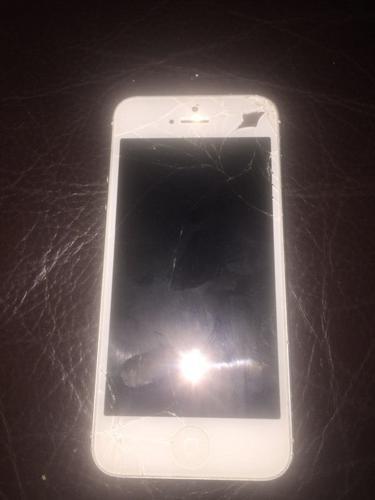 iPhone 5 broken screen