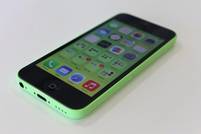 iPhone 5c in green £120