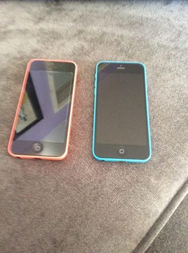 iPhone 5c x2
