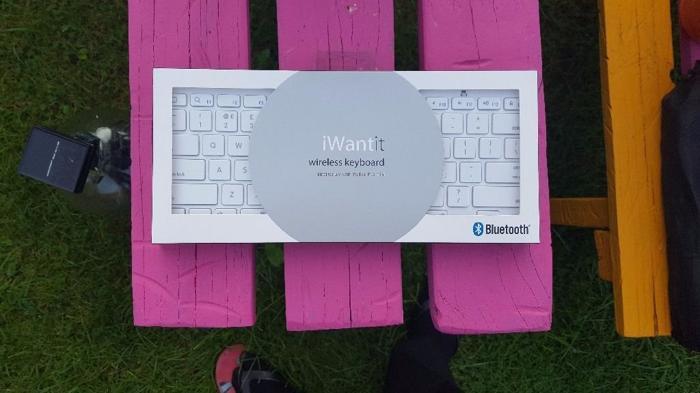 iWantIt Bluetooth Wireless Keyboard