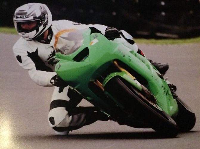 Kawasaki zx636 B1H 05 plate track bike with daytime MOT