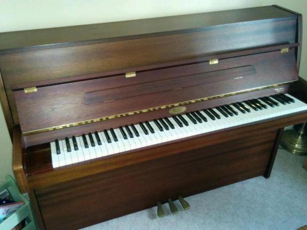 Kemble Cambridge 10 Upright Piano