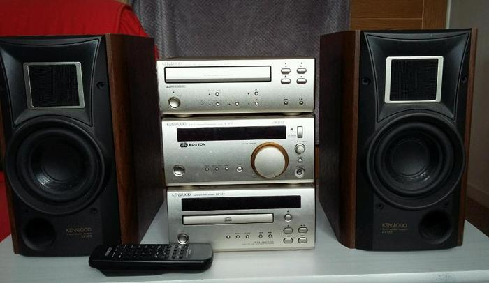 Kenwood hifi system with remote