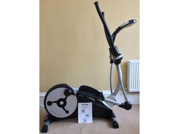 kettler elliptical cross trainer verso 300 with sm 3135 23 training computer very good. Black Bedroom Furniture Sets. Home Design Ideas