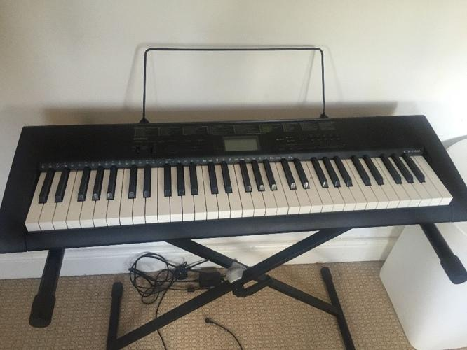 Keyboard Casio CK1100 hardly used in very good