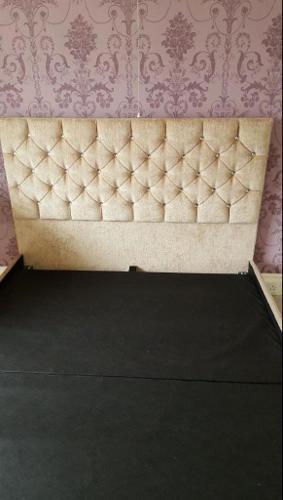 King-size. Minx Diamond stud bed