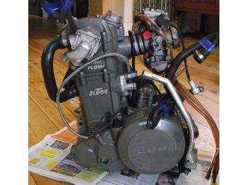 ktm 625 smc 2004 supermoto engine motor lc4 low miles vgc. Black Bedroom Furniture Sets. Home Design Ideas
