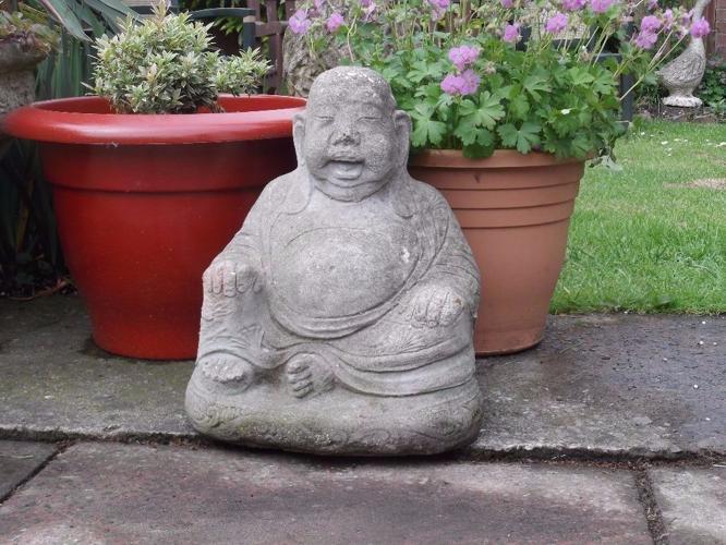 Large Chunky Stone 'Buddha' - Garden Feature - vgc