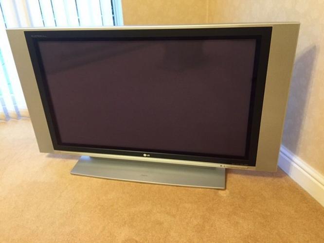 LG 42inch Plasma TV