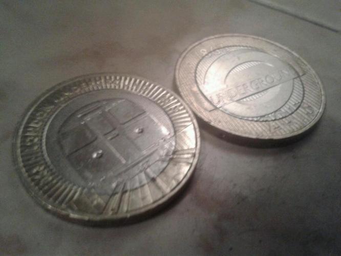London underground £2 coin pair