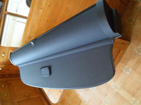 Luggage cover/ Parcel shelf roller for Audi A4 avante