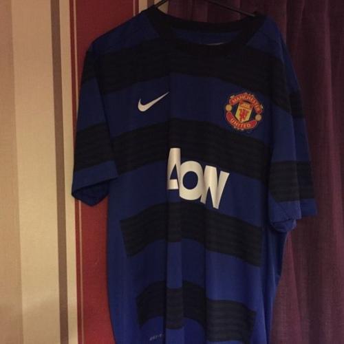 Man united away shirt extra large mint