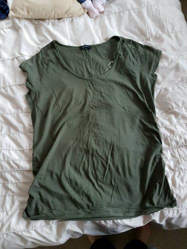 maternity t shirt 18