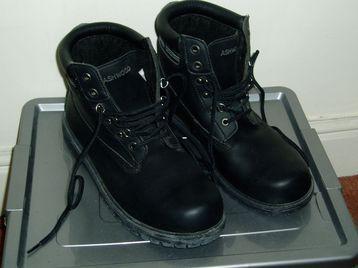 Men's Boots Size 11