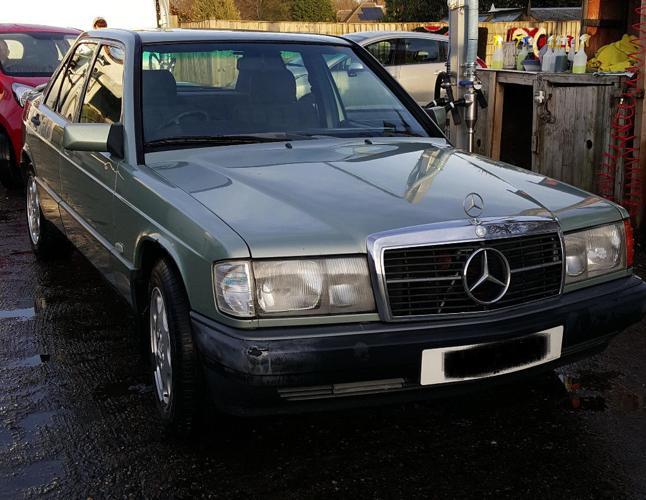 Mercedes E190, Beautiful Classic Manual Petrol Reliable