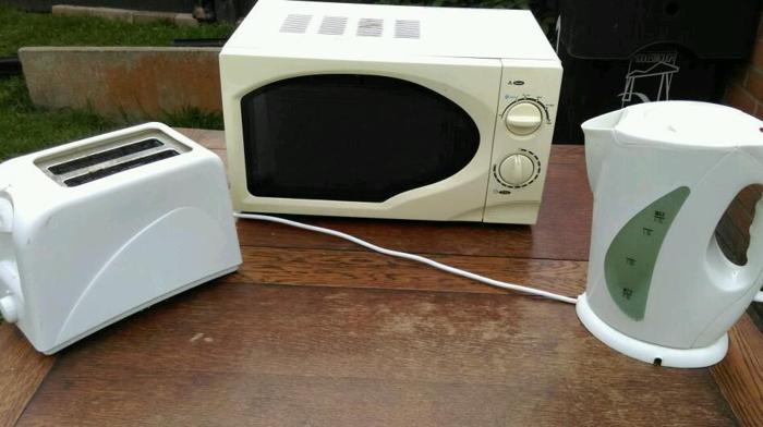 Microwave kettle toaster