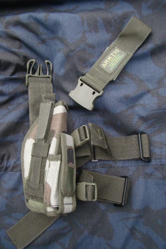 New Artkis UK - RIGHT Leg Holster Military Pistol in