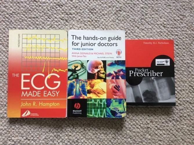 New junior doctor bundle of pocket guides. ECGs, Pocket
