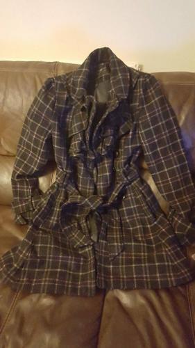 New Look Beautiful Coat-size 8