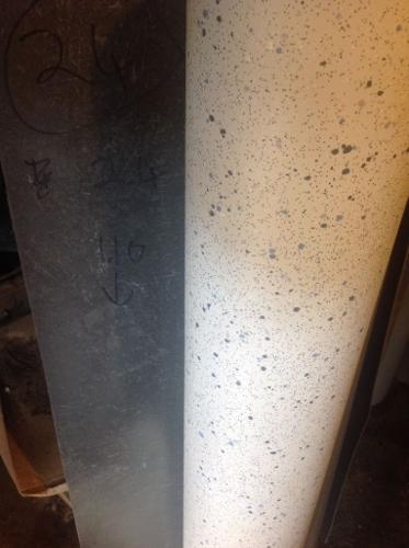 NEW VINYL 2.40m LENGTH BY 1.10m WIDE ANTI SLIP ALTRO