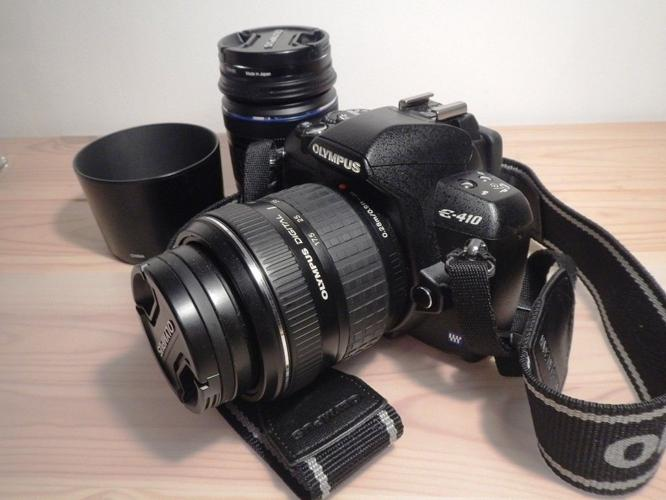 Olympus E-410 DSLR Camera w/ two lenses and extras