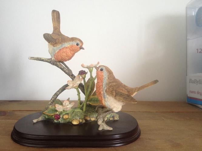 Pair of robins by Leonardo