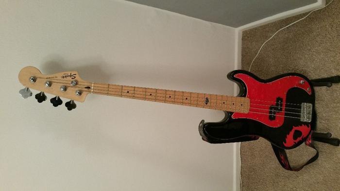 Pete Wentz Precision Bass