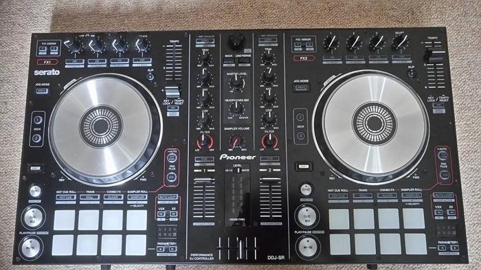 Pioneer Digital DJ-SR. Great Condition + Original Box