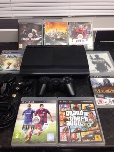 Playstation 3 Super Slimline 500Gb Bundle 8 Top Games