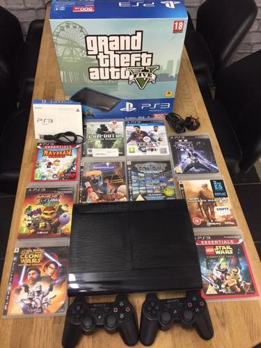 Playstation 3 Super Slimline Bundle 500Gb 10 Top Games