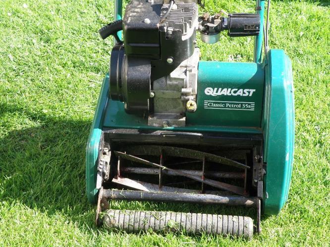 Qualcast Classic Petrol 35s lawnmower.