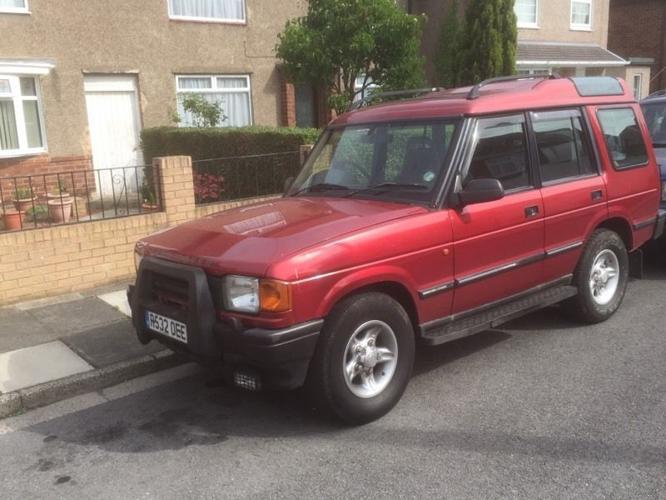 R reg Land Rover Discovery 300TDI 11 Months MOT
