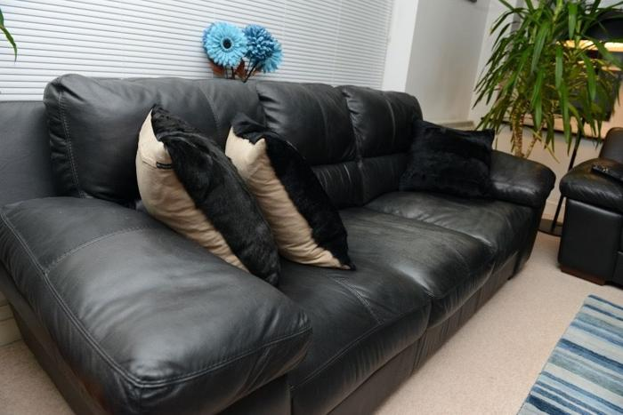 Real leather 3 seater sofa in black