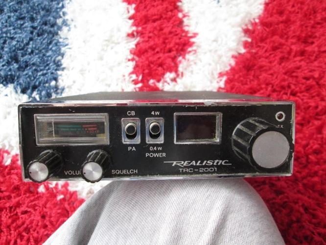 REALISTIC TRC-2001 cb radio for Sale in Newcastle, Staffordshire