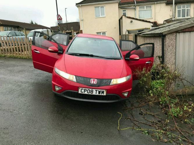Red Honda civic (Low mileage)