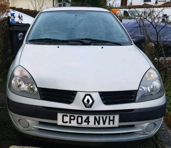 Renault Clio 1.2 2004 49000 miles