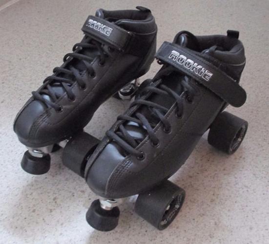 Rookie Ruckus roller skates size 7