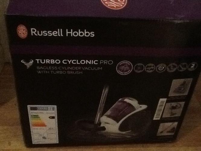 Russell Hobbs Turbo Cyclonic Pro Vacuum Cleaner