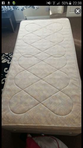 single divan bed with brand new mattress