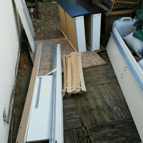 Single drawer bed