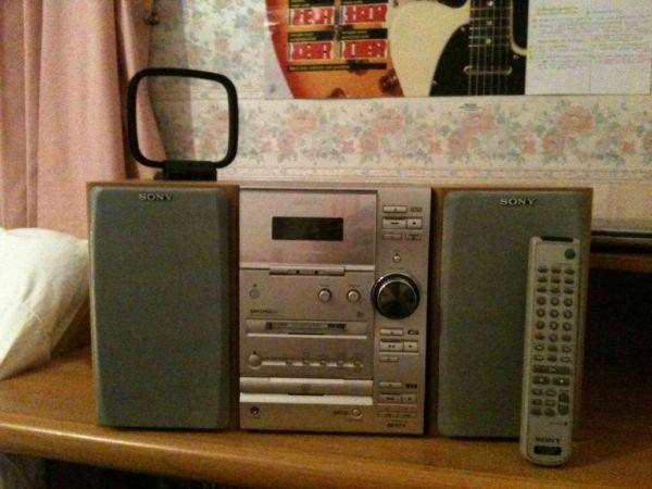 Sony mini hifi - CD/Cassette/radio/MD with box for Sale in Barnet