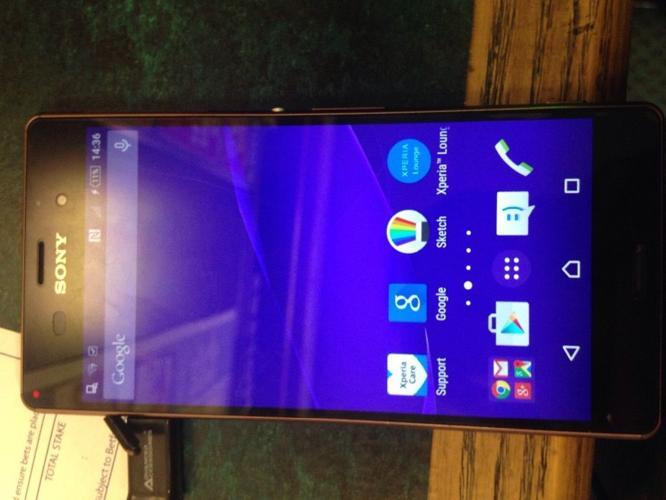 Sony Xperia Z3 Unlocked MINT