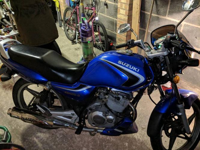 Suzuki En-125 125cc