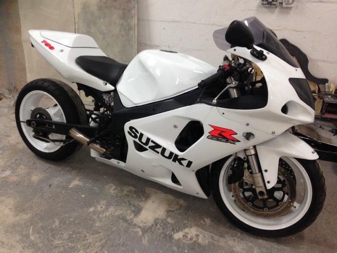 Suzuki GSXR 750 K3 street legal drag bike