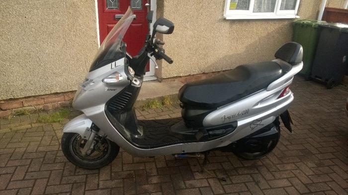sym joyride 200 scooter