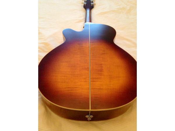 Takamine EG5403sc Electro Acoustic Guitar URGENT